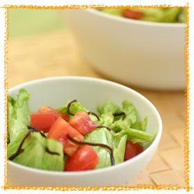 レタスとトマトの和風サラダ