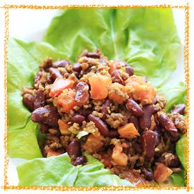 赤いんげん豆とそぼろのカレー炒め